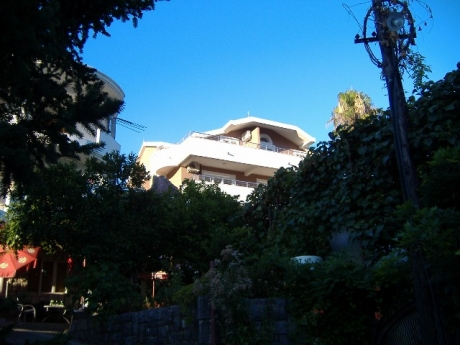 Montenegro-HercegNovi-2-bed-for-sale