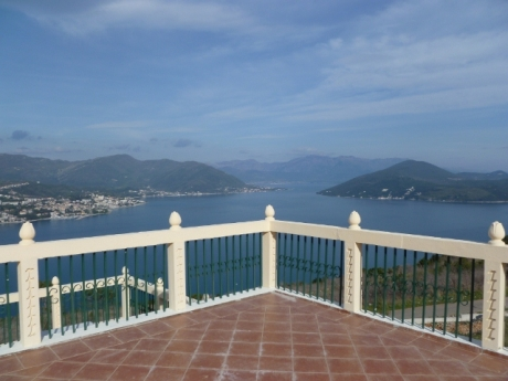 Villa with Pool in Herceg Novi (01)