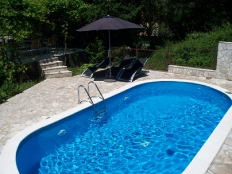 Montenegro villa with pool - pool with sunbathing area